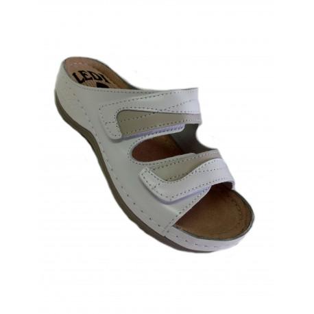Papuci de femei